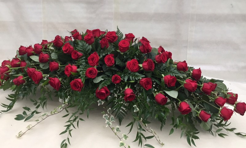 Red Rose Coffin Spary
