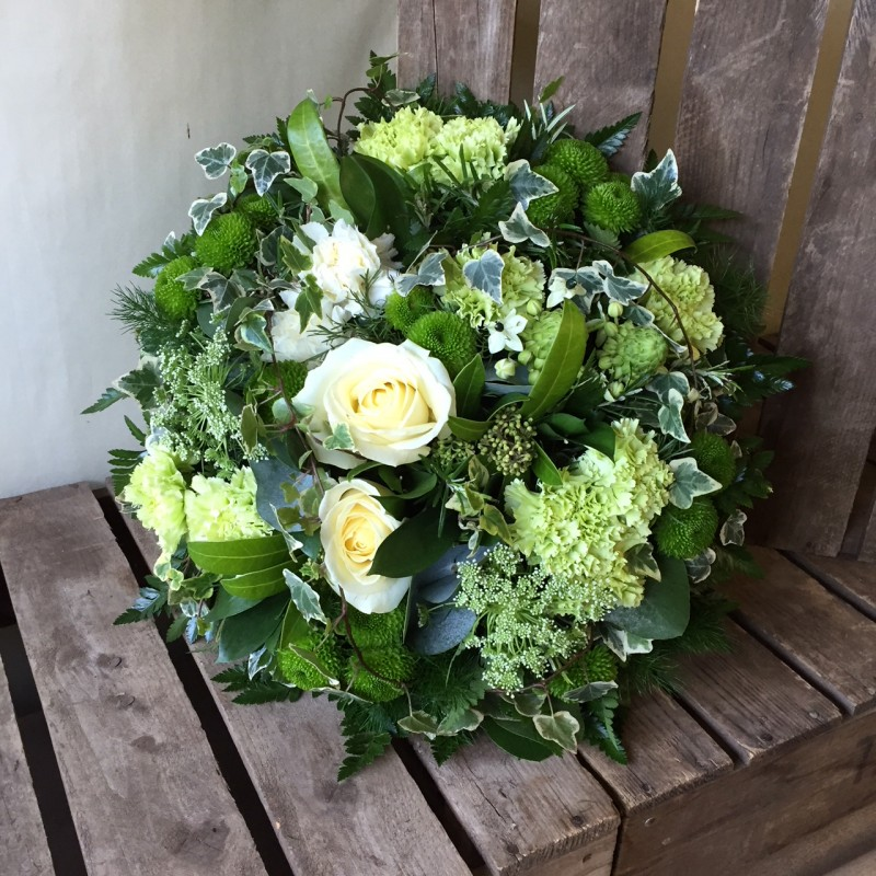 Natural posy pad