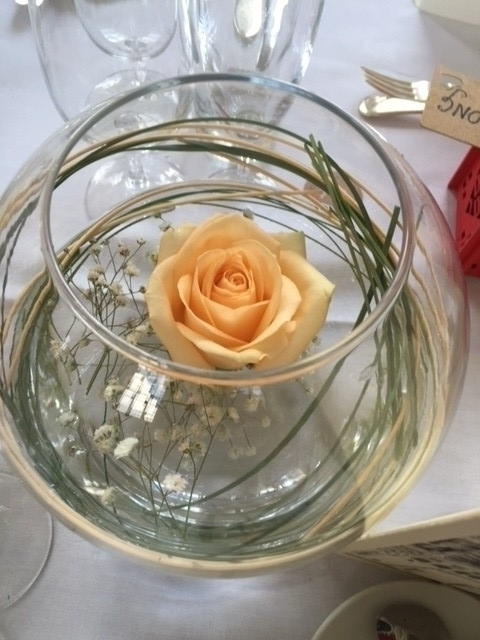 Floating Rose Vase Arrangement